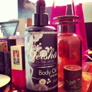 geisha-bottle