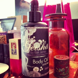 geisha-bottle